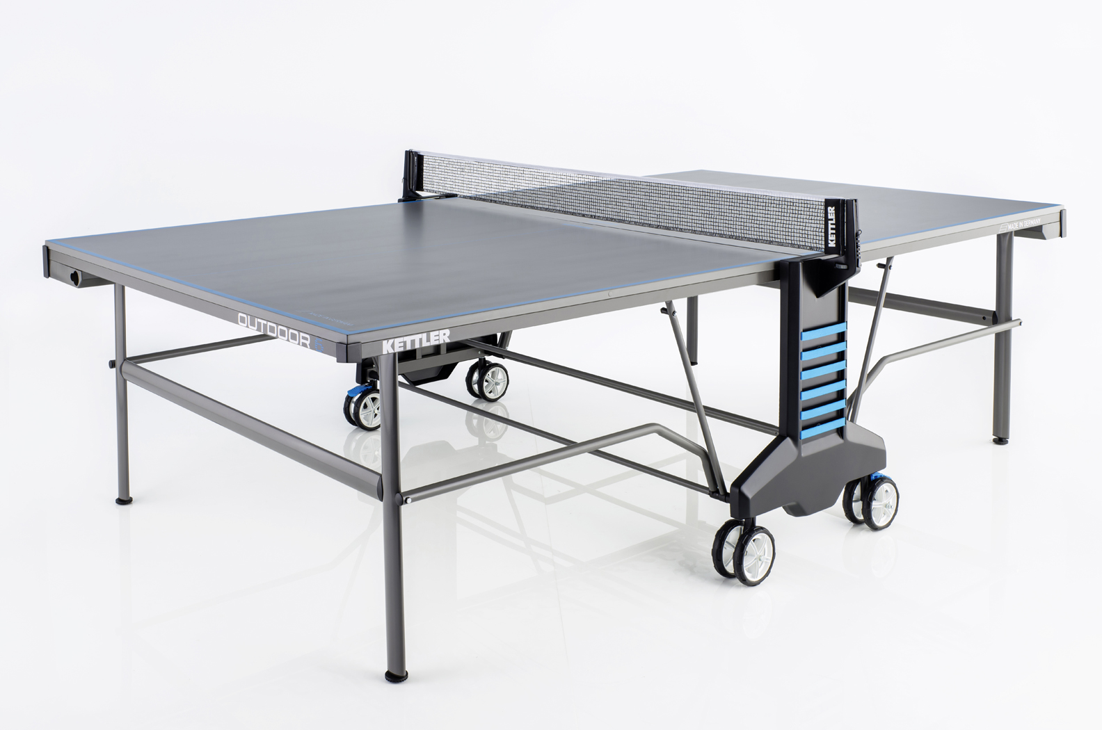 Kettler outdoor 6 table bundled offer for Table ping pong